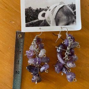 ANTHROPOLOGIE Purple gemstone dangle earring/New